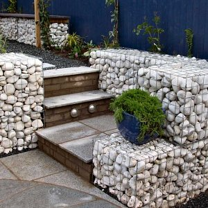 Gabion baskets and steps